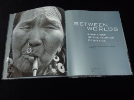 Книга: Between the Worlds: Shamanism of the Peoples of Siberia  (Eng) -